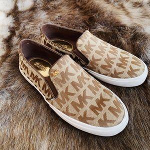 SALE Michael Kors Sneakers